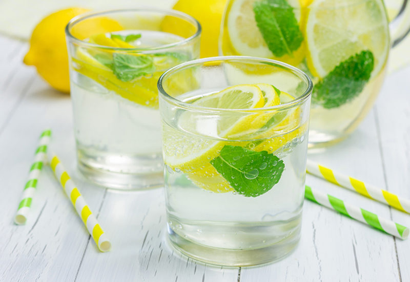 Refreshing Lemonade Mint Juice